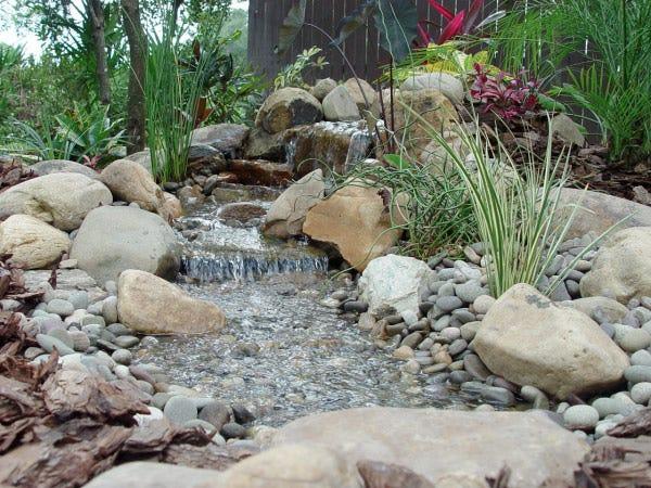 stone-waterfall-inspiring-pondless-ideas